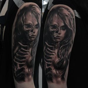 Skeleton woman by Edgar Ivanov. #blackandgrey #realism #EdgarIvanov #skeleton #woman
