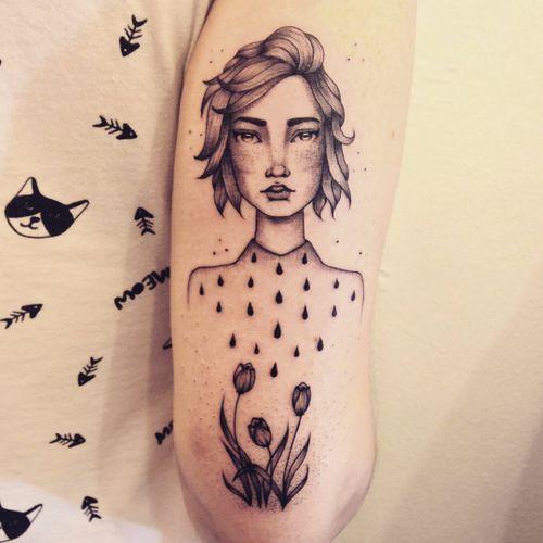 Tattoo por Marta Carvalho! #MartaCarvalho #TokaStudio #tattoobr #tattoodobr #mulher #woman #flowers #flores