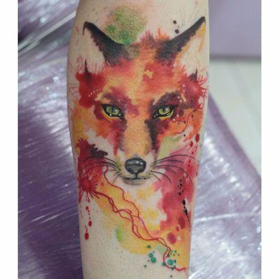 Por Deh Soares! #DehSoares #TatuadorasBrasileiras #raposa #fox #aquarela #watercolor