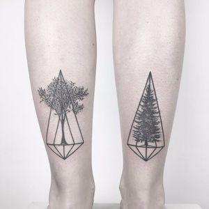 Sacred Tree Geometry by Ana Godoy #anagodoy #tree #geometric #dotwork #blackwork #fineline #tattoooftheday