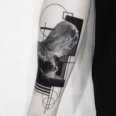Pietà tattoo by Cold Gray #ColdGray #blackandgrey #realism #realistic #hyperrealism #pieta #virginmary #jesus #religious #abstract #linework #blackfill #sculpture #statue #Michelangelo #shapes