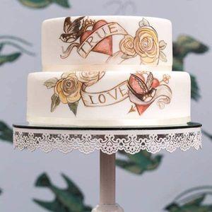 Tattoo-inspired cake by Cocoa Cabana of Not on the Street. #cake #tattooedcake #food #foodie #CocoaCabana