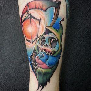 A new school reaper. Tattoo by Josh Peacock. (Via IG - joshpeacock_obe1) #JoshPeacock #watercolor #graffiti #illustrative #newschool