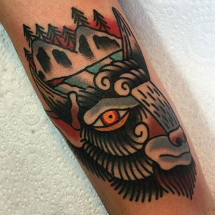 Buffalo Tattoo by Scott Moss #Buffalo #BuffaloTattoo #Bison #AmericanTraditional #Traditional #ScottMoss