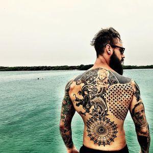 Pictured, Krys Pasiecznik. #tattooedmen #tattoodudes #summer