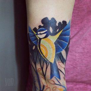 Bird Tattoo by Ilona Kochetkova #AbstractTattoo #GraphicTattoos #ModernTattoos #ColorfulTattoos #BirghtTattoos #Minsk #ModernTattooArtists #IlonaKochetkova