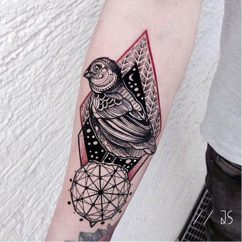 Darwin finch tattoo by Jessica Svartvit #geometric #bird #JessicaSvartvit