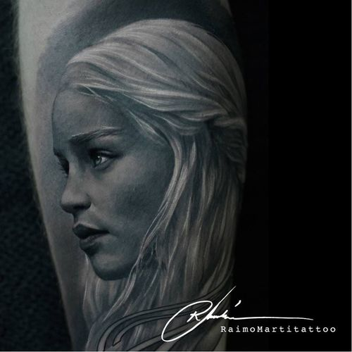 Daenerys tattoo by Raimo Marti #RaimoMarti #realistic #hyperrealistic #blackandgrey #3D #portrait #photorealistic #daenerys #gameofthrones #got