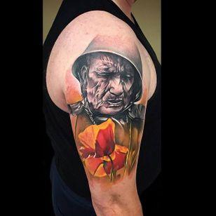 Tattoo by Sebastian Nowacki #SebastianNowacki #WWI #WWII #soldier #war #heroe #centenary #worldwar