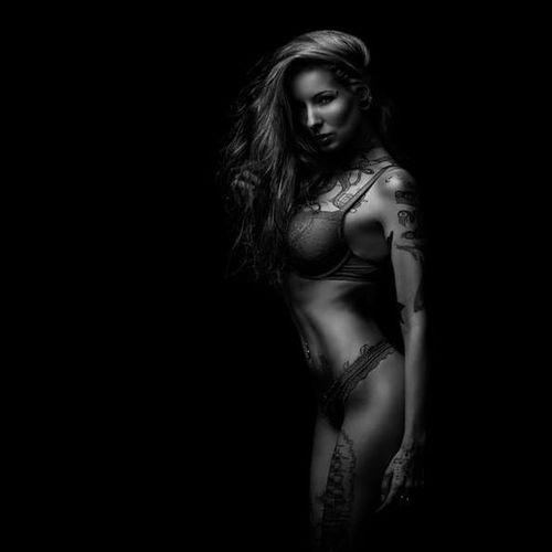 Model Anett the Smurfette photographed by Florian Böcking #FlorianBöcking #photography #tattooedmodel #lingerie #AnetttheSmurfette