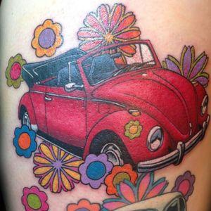 Bem hippie #WalterSausageFrank #Fusca #Beetle #volkswagen #carro #car #automovel #carlovers #hippie #flores #flowers #conversível