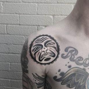 Bert Grimm Sun Tattoo by @bhannya #sun #bertgrimm #bertgrimmsun #bertgrimmdesign #classicsun #traditional #bhannya