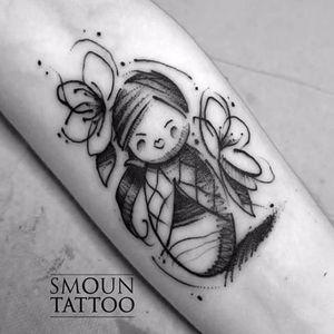 Sketch style kokeshi tattoo by Smoun #kokeshi #japanesedoll #sketchstyle #Smoun #doll #tradition #japanesetradition