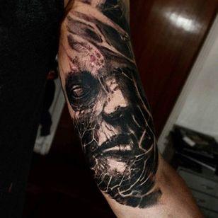 Zombie Tattoo by Matias Felipe #zombie #darkart #darkink #darkartist #blackwork #blackandgrey #MatiasFelipe