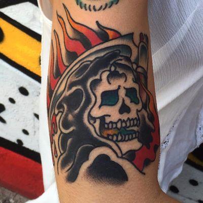 A classic reaper shrouded in flames by Steve Von Riepen (IG—stevevonriepen). #Death #GrimReaper #reaper #SteveVonRiepen #traditional