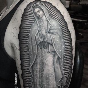 The Virgin Mary. (via IG - chueyquintanar) #blackandgrey #religious #religioustattoo #chueyquintanar