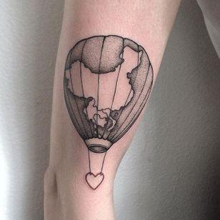 Pointillism tattoo by Anna Neudecker. #pointillism #dotwork #AnnaNeudecker #continent #china #hotairballoon