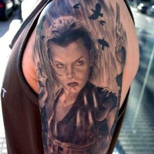 Resident Evil movie tattoo #residentevil #millajovovich #paulwsanderson