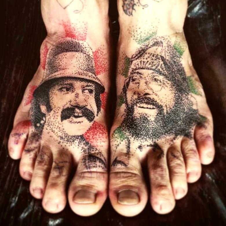 Cheech e Chong #DiegoCurcio #brazilianartist #tatuadoresdobrasil #brasil #brazil #pontilhismo #cheechandchong #cheechechong #tvshow #serie #hippie #pazeamor #peaceandlove #dotwork