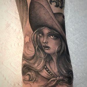 Hawtie tattoo by Ben Grillo #BenGrillo #blackandgrey #ladyhead #portrait #Chicano #bandana #hoops #hair #stars #sparkle #babe
