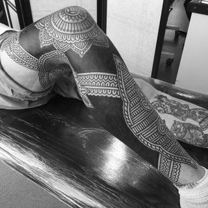 Tribal Leg Sleeve by Daniel Frye #tribal #tribaltattoo #tribaltattoos #tribalart #traditionaltribal #polynesian #polynesiantattoo #patternwork #patternworktattoo #DanielFrye
