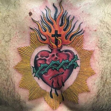 A divine Sacred Heart by Heinz (IG—heinztattooer). #Heinz #SacredHeart #traditional