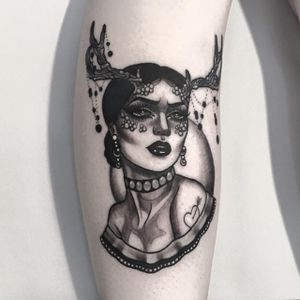 Tattoo by Ccyle #Ccyle #neotraditional #jewellery #flower #lady #antlers