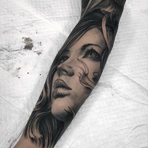 Black and grey portrait tattoo by Fibs. #Fibs #JuvelVasquez #blackandgrey #portrait #woman #ladyportrait