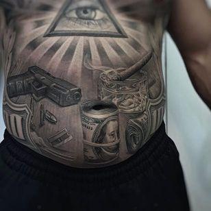 Details by Greg Nicholson (via IG-evilkolors) #realism #blackandgrey #finelined #gregnicholson