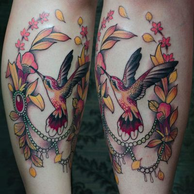Beija-flor por Nicolas Marrez! #TatuadoresBrasileiros #Tatuadoresdobrasil #tattoobr #tattoodobr #Curitiba #neotrad #neotradicional #neotraditional #newtraditional #bird #passaro #beijaflor #hummingbird