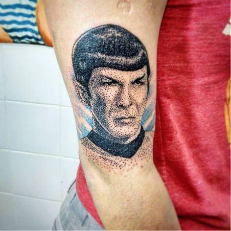 Spock #DiegoCurcio #brazilianartist #tatuadoresdobrasil #brasil #brazil #pontilhismo #spock #startrek #nerd #geek #leonardnimoy #man #homem #movie #filme #tvshow #serie #dotwork