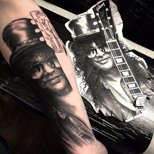 Slash by Sonny Mitchell #SonnyMitchell #realism #realistic #hyperrealism #Slash #portrait #music #musictattoo #blackandgrey #GunsNRoses #guitar #tophat #hat #rockandroll #tattoooftheday