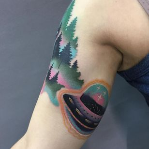 UFO and forest tattoo by Giena Todryk #GienaTodryk #landscapetattoos #color #newschool #watercolor #ufo #forest #sparkles #spaceship #trees #stars