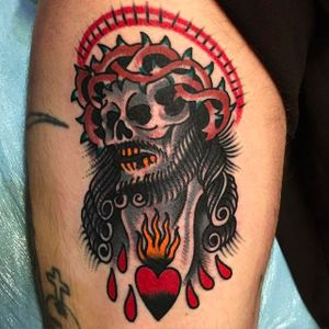 Jesus Skull Tattoo by Mike Fite @MikeFite @goldclubelectrictattoo #MikeFiteTattoo #Goldclubelectrictattoo #Neotraditional #Traditional #bright_and_bold #Skull #Jesus