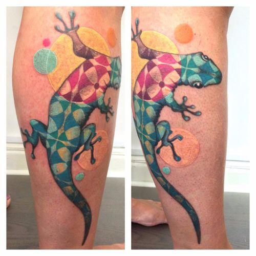 Por Amanda Chanfreau #AmandaChanfreau #gringa #colorida #colorful #funny #divertida #lagarto #lizard #geometric #geometrica #pattern #padrao
