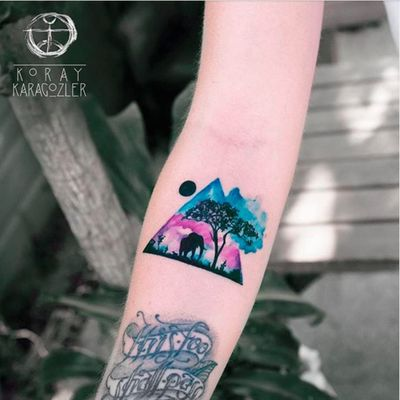 Watercolor landscape with elephant silhouettes by Koray Karagozler (IG—koray_karagozler). #elephant #KorayKaragozler #watercolro