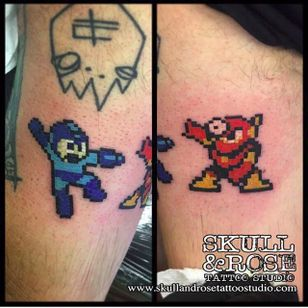 Mega-Man and Metal-Man underneath a Tankcrimes logo!? I'd hang out with this person! By Chris Thayer (via IG -- christhayer) #christhayer #megaman #metalman #tankcrimes #8bittattoo