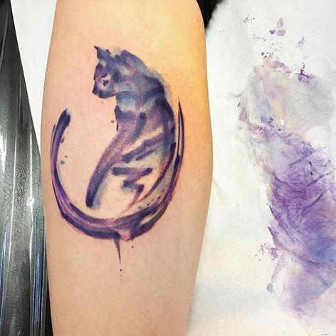 Brushstroke watercolor cat tattoo by Sandro Stagnitta. #sketch #watercolor #SandroStagnitta #cat #brushstroke