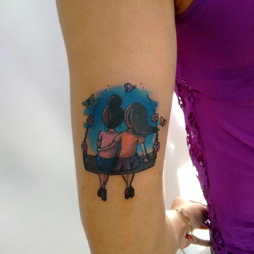 Fofurismo! #LucasFranca #TatuadoresDoBrasil #delicadas #delicate #fofas #cute #colorida #colorful #balanço #amigas #friends #crianças #kids