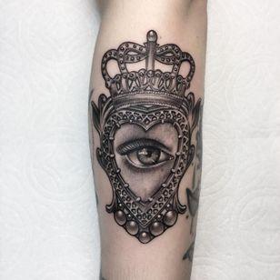 Claddagh Heart tattoo by Cally Jo #CallyJo #whiteinktattoos #blackandgrey #realism #realistic #hyperrealism #neotraditional #crown #heart #pattern #filigree #eye #realisticeye #pearls #claddagh #sacredheart #tattoooftheday