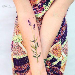 Pretty minimalist flower stem Tattoo by Pis Saro @Pissaro_tattoo #PisSaro #PisSaroTattoo #Nature #Watercolor #Naturetattoo #Watercolortattoo #Botanical #Botanicaltattoo #Crimea #Russia