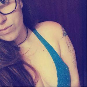 Luiza Siqueira #mulhertatuada #mulheresdeatitude #tattoodobabes #brasil #brazil #portugues #portuguese