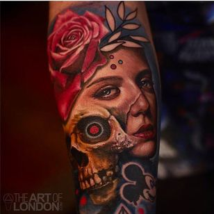Super cool skull and girl head morph tattoo done by Londo Reese. #LodonReese #skull #rose #painterlystyle #coloredtattoo #theartoflondon