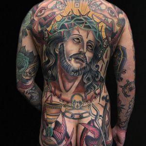 Claudia De Sabe's back-piece of Christ (IG—claudiadesabe). #backpiece #ClaudiaDeSabe #Christ #hammer #HolyChalice #skullandcrossbones #tongs #traditional
