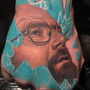 Walter White breaks through some blue meth in this hand tattoo by Carlos Rojas. (Via IG - crojasart) #breakingbad