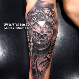 Beautiful execution on this black and grey clock tattoo by Miguel Angel Bohigues. #miguelangelbohigues #blackandgrey #clock