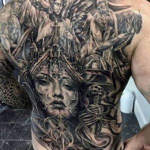 A mind-blowing gothic back-piece by Tony Mancia (IG—tonymancia). #angels #blackandgrey #cathedral #gothic #ladyhead #skeleton #surreal #TonyMancia