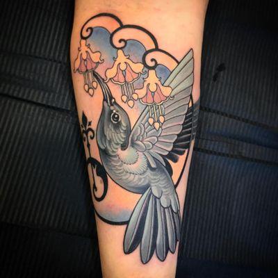 Hummingbird tattoo by Vale Lovette #ValeLovette #Artnouveau #color #neotraditional #bird #hummingbird #flowers #design #fleurdelis #artdeco #feathers #wings #floral #ornamental