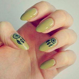 Dreamcatcher Nail Tattoo Art #NailTattoo #NailArt #NailTattoos #TattooFashion #Dreamcatcher