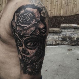 Day of the Dead girl by JP Alfonso. #blackandgrey #realism #JPAlfonso #DayoftheDead #rose #flower